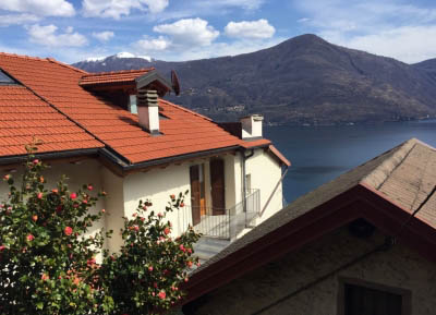 Cannobio - San Bartolomeo - romantic house with two apartments - lakeview