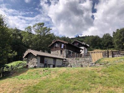 Trarego Alpe Trunno  - Baite con terreno
